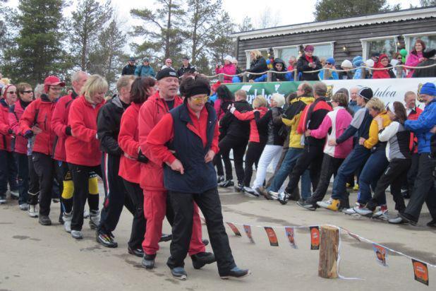 フィンランド・ラーニラホヴィで開催されるモノ・ダンス