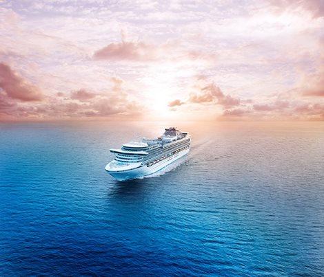 日本造船史上最大客船「ダイヤモンド・プリンセス」