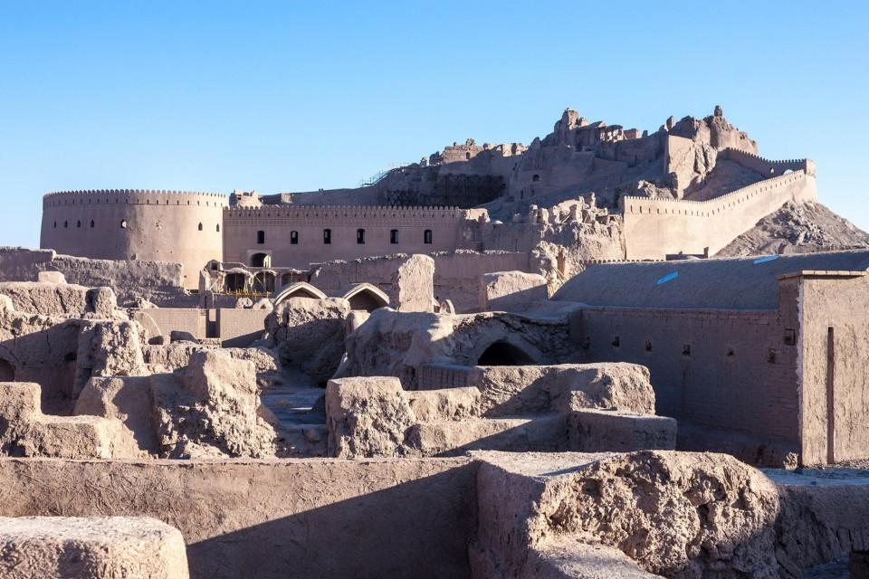 イランのケルマーン州にある要塞都市アルゲバムについて