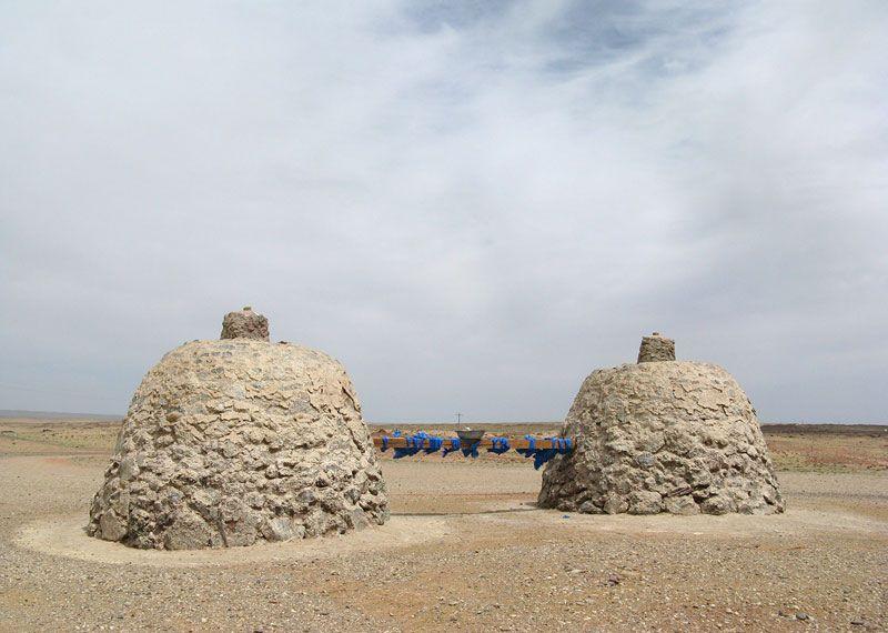 女性の願いを叶えるメームハッド(おっぱい岩)