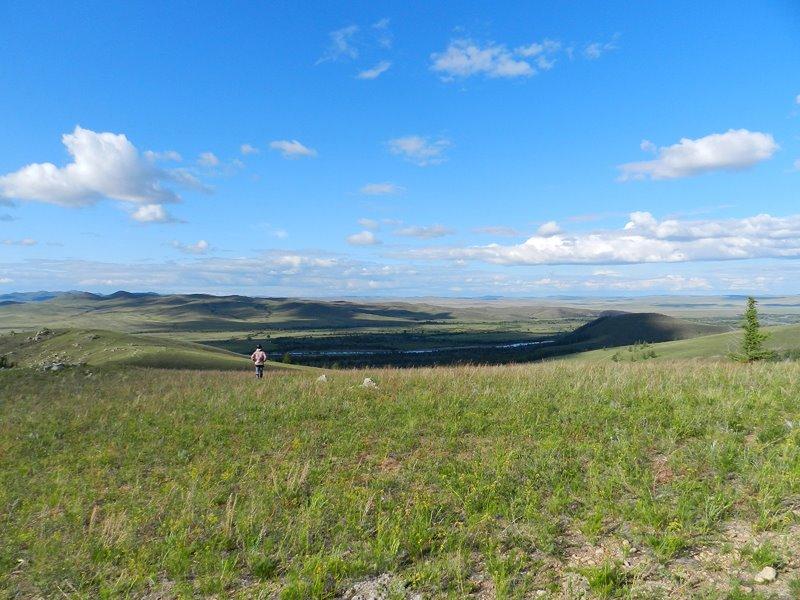 草薫る夏のモンゴル
