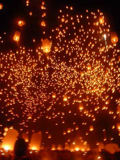 タイのお祭り・イーペンサンサイ
