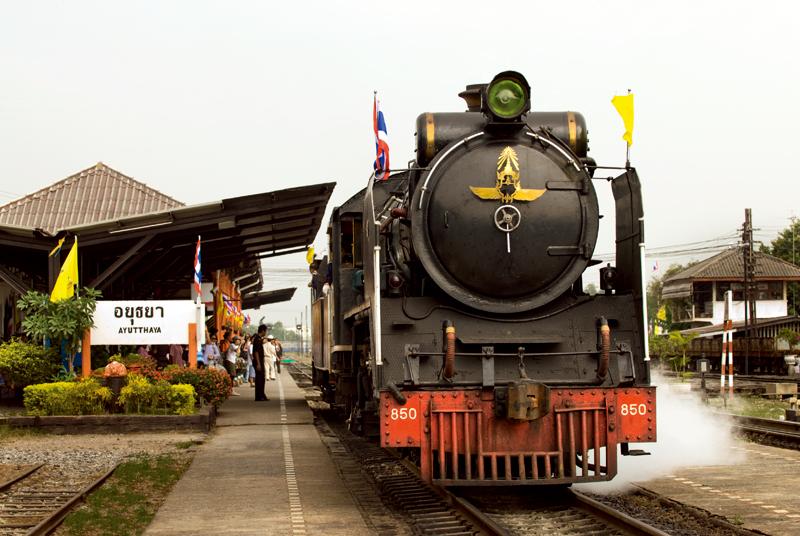 タイで出会う日本の列車