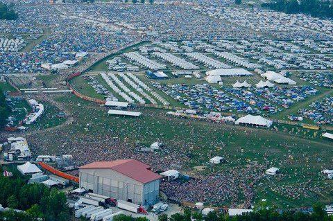 アメリカの夏の野外音楽フェスティバル(夏フェス)