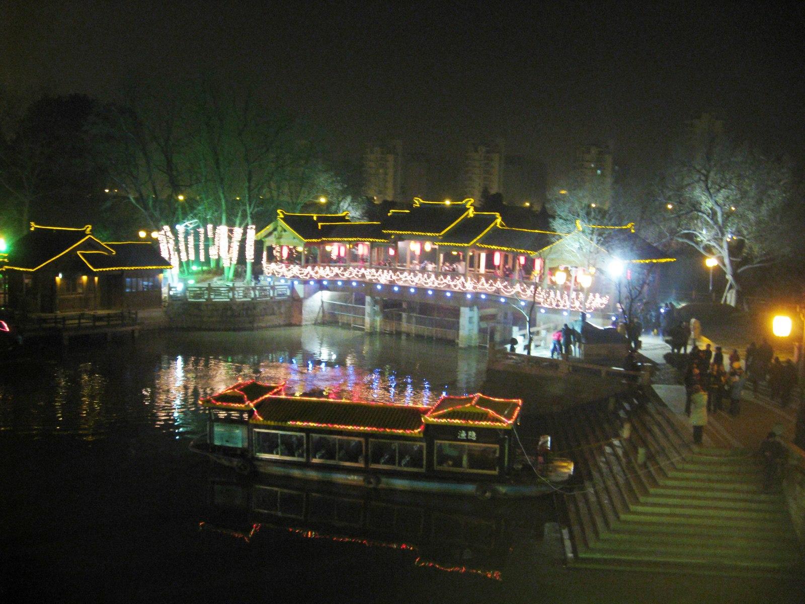 蘇州号で訪れる寒山寺の旅