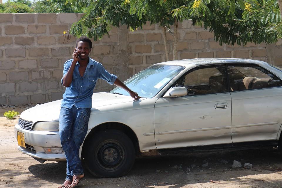 アフリカで走る日本の車