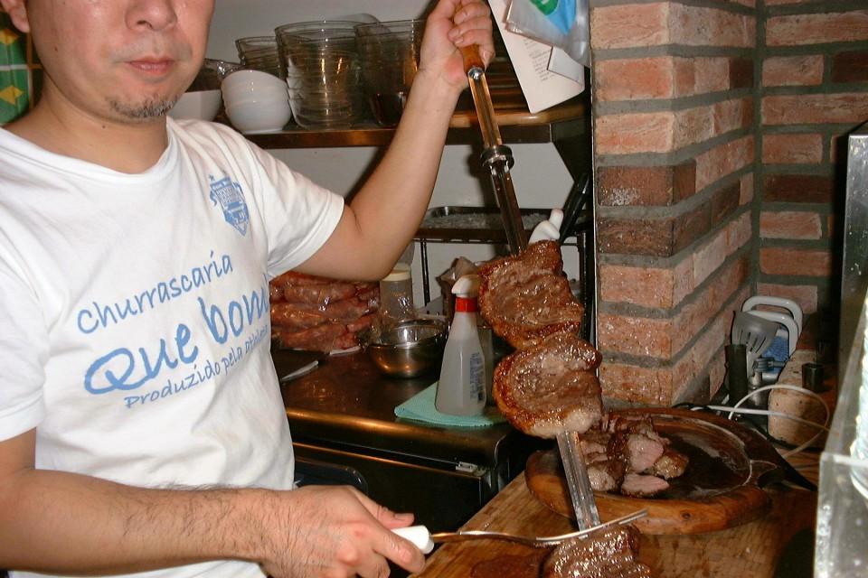 肉食系男女集まれ!ブラジル式焼肉食べ放題『シュラスコ』