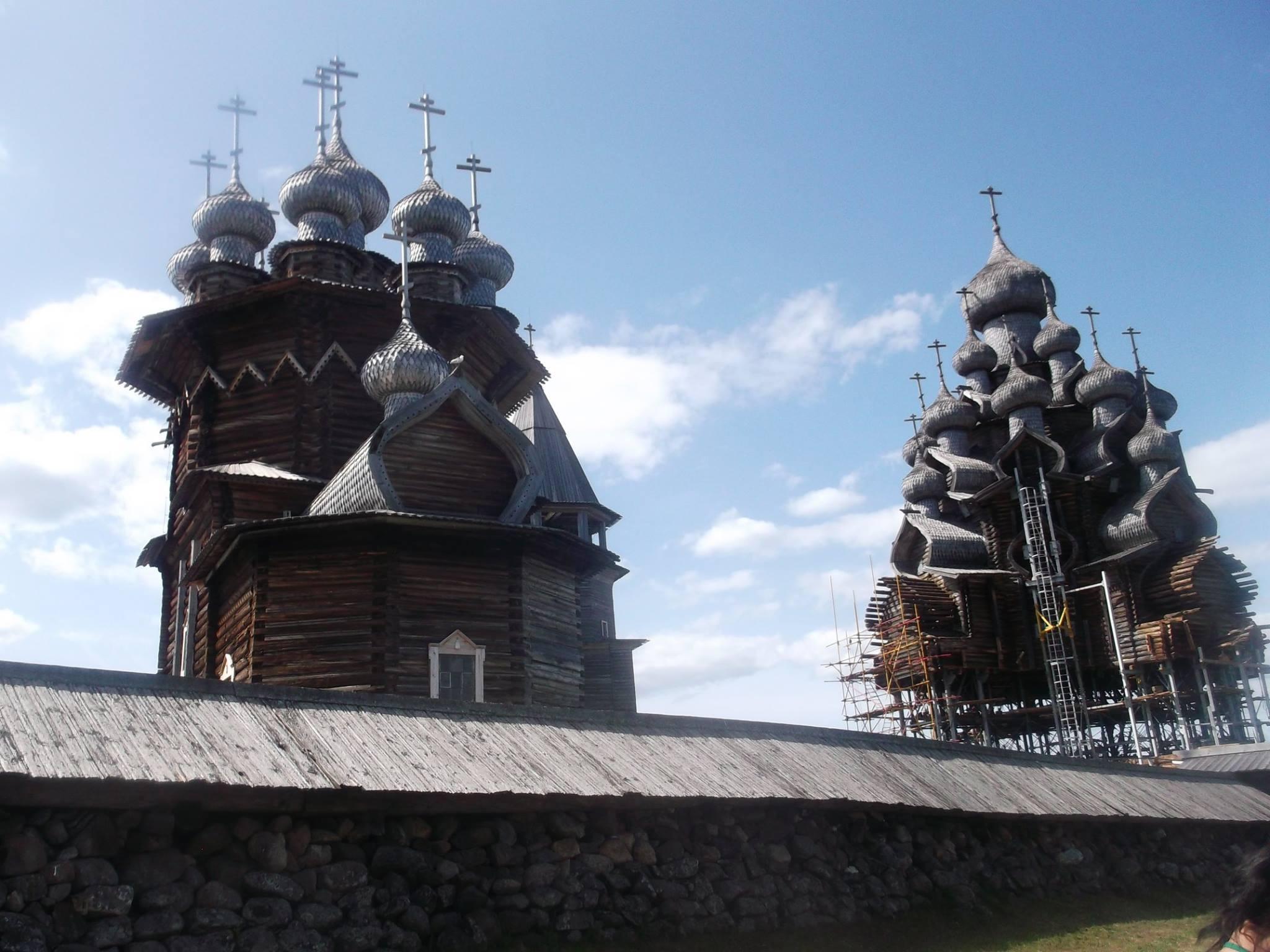 ロシア・世界遺産のキジ島で300周年イベントが開催