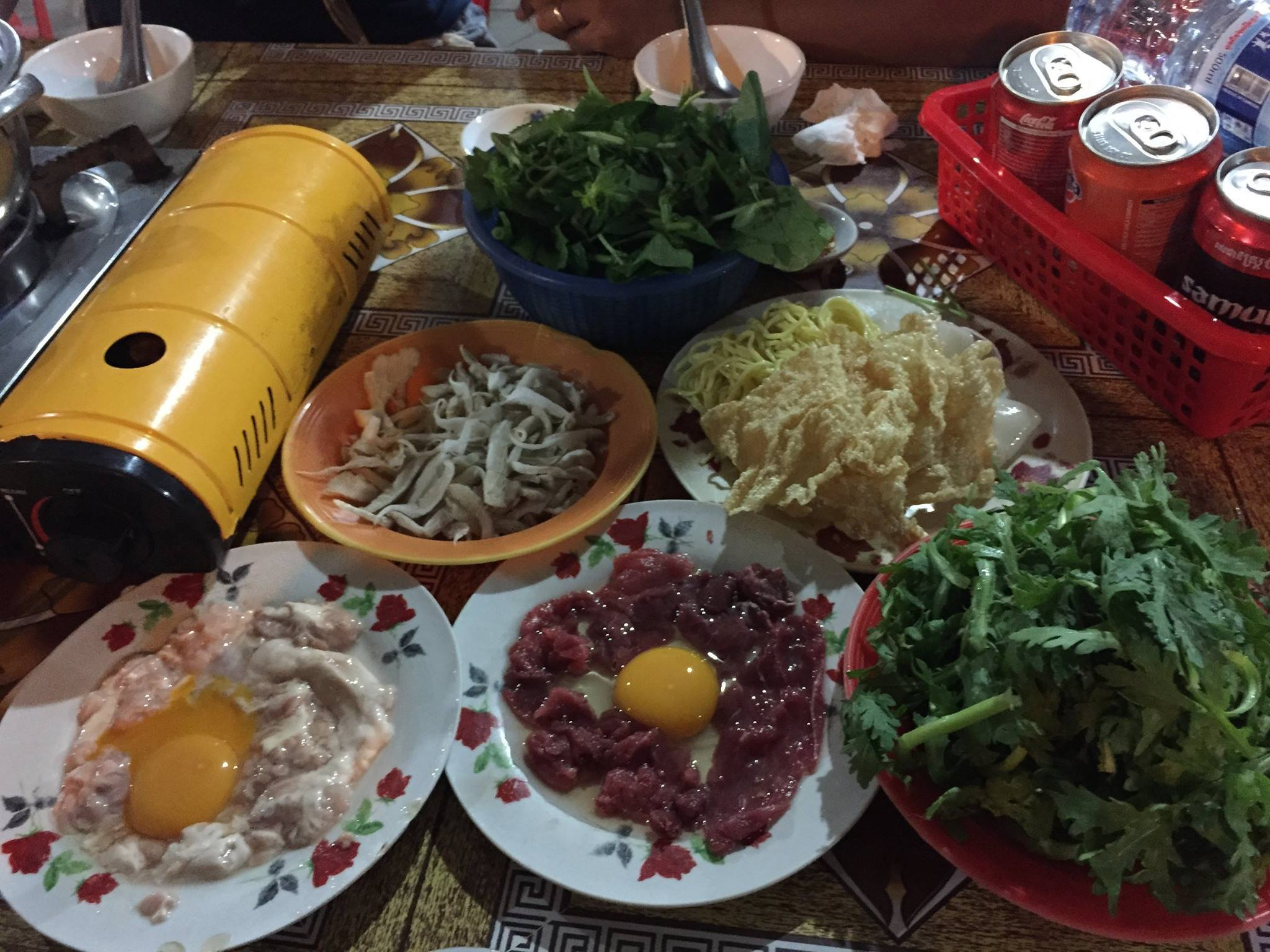 南国カンボジアの鍋料理