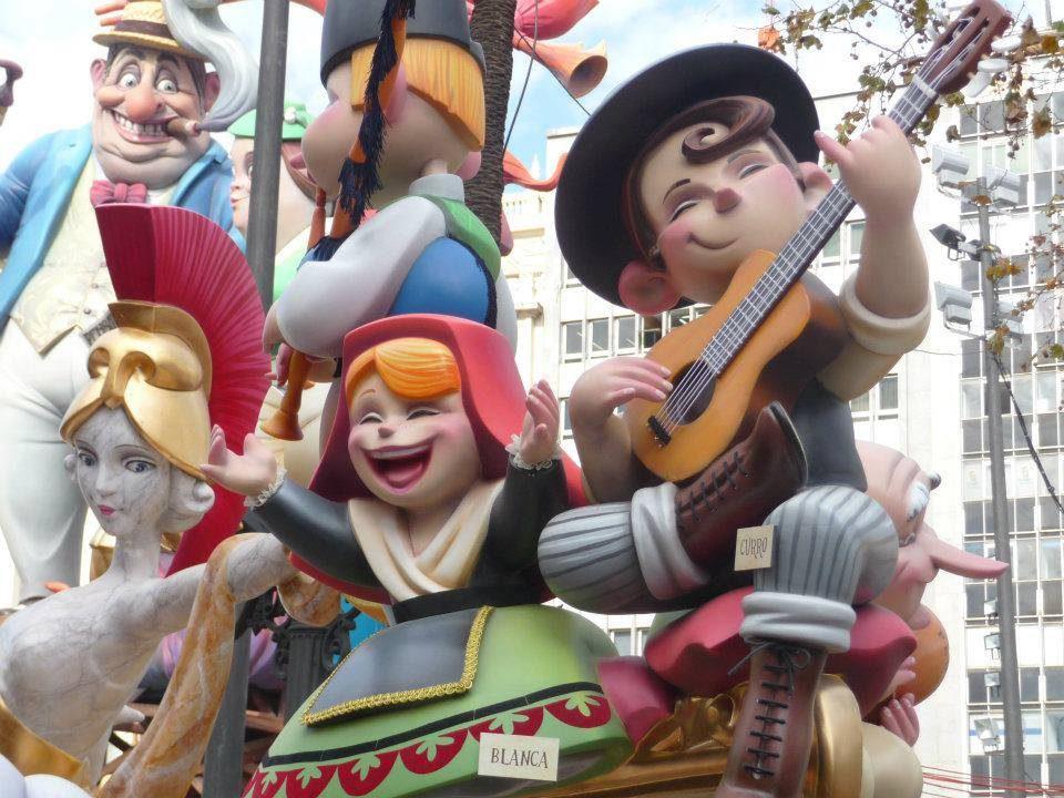 バレンシアの火祭り