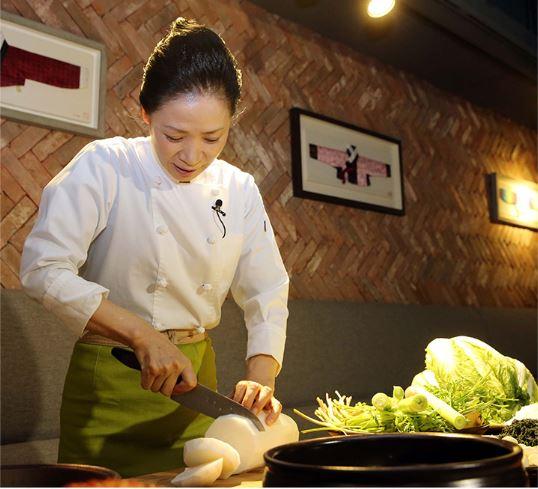 ミシュラン★★尹美月シェフが伝授する韓国伝統料理の旅
