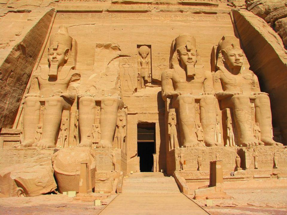 よくばりエジプト2大クルーズ ナイルクルーズ&ナセル湖クルーズツアー
