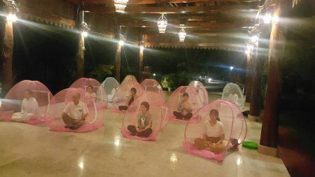 カンボジアのお寺で年越しの体験